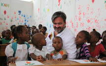 Rewe Group Chairman Alan Caparros visited a school in Haiti. (Source: Alain Castera)