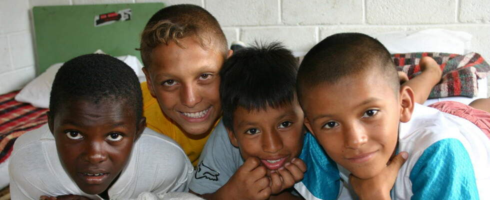 Four boys from Ecuador. (Source: Jürgen Schübelin)