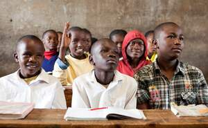 Kenya: Basic education for slum children